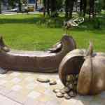 Памятник Мухе-цокотухе